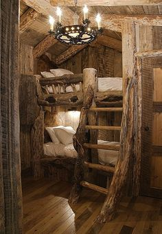 woodland bunk // hobbit-like carved bunk beds and ladder // fairytale treehouse