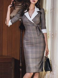 Plaids Slim Fit Turn-down Collar Seven-Tenths Sleeves Dresses - Work Outfits Women Mode Outfits, Office Outfits, Dress Outfits, Fashion Dresses, Midi Dresses, Woman Dresses, Woman Outfits, Office Attire, Floral Dresses