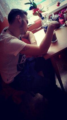 @lukasletrel  Milacinek pije u nas kavinku :-**
