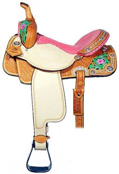Double J Pro Barrel Racer Saddle with a pink ostrich seat, pink crystals hand painted details. Barrel Saddle, Barrel Racing Horses, Pretty Horses, Beautiful Horses, Western Horse Tack, Western Saddles, Western Riding, Horse Saddles, Horse Halters