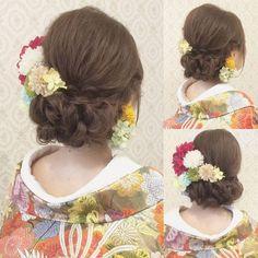 いいね!263件、コメント9件 ― Vanilla Emu RIEKOさん(@ry01010828)のInstagramアカウント: 「結婚式の前撮り 和装ロケーション撮影のお客様 サイドは裏編みを ツイストで下めにまとめてあります 赤をメインに 淡い色のお花を沢山付けました #ヘア #ヘアメイク #ヘアアレンジ #結婚式…」 Bridal Hair, Crochet Necklace, Hair Beauty, Weddings, Instagram, Fashion, Up Dos, Moda, Fashion Styles