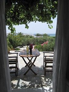 Naxos villa 70 m from beach