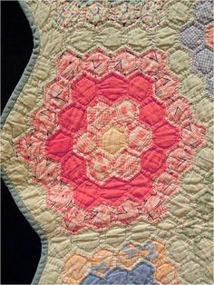 close up, Antique Grandmother's Garden quilt exhibited by Alicia French, photo by Quilt Inspiration