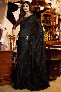 Shilpa Shetty Designer Black Color Bhagalpuri Saree With Border Work Trendy Sarees, Stylish Sarees, Fancy Sarees, Party Wear Sarees, Wedding Saree Blouse Designs, Silk Saree Blouse Designs, Bollywood Designer Sarees, Bollywood Saree, Chiffon Saree