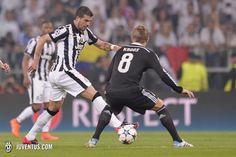 Debutto in semifinale di Champions per Sturaro, che si rende protagonista di un'ottima prestazione. (#Juventus 2-1 Real Madrid)