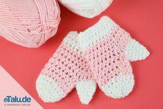 Babyhandschuhe häkeln Baby Born, Baby Kind, Fingerless Gloves, Arm Warmers, Diy And Crafts, Amigurumi, Tejidos, Needlepoint, Crochet Dragon