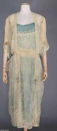 BEADED CREAM LACE EVENING DRESS, c. 1915
