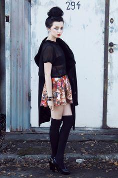 like the skirt and bracelet