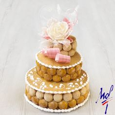 Assembled piece made by Stéphane Glacier - MOF Pastry Chef 2000 Vegan Baby, Choux Pastry, Eclairs, Profiteroles, French Food, Cakes And More, Just Desserts, Cake Decorating, Wedding Cakes