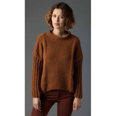 Free Knitting Pattern Lion's Pride® Woolspun® Knit Pullover sweater with long sleeves (Level Easy Sweater Knitting Patterns, Jumper Patterns, Knit Patterns, Free Knitting, Knitting Sweaters, Vogue Knitting, Diy Pullover, Pullover Sweaters, Pulls