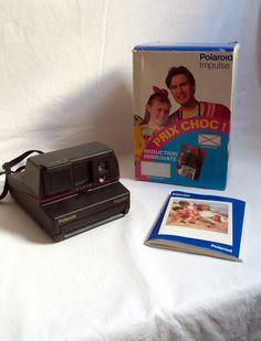 Appareil photo Polaroid 600 Impulse vintage avec sa boîte / 600 / cadeau photographie 1970-1980 / cadeau original rétro / cadeau noël de la boutique LaptiteGermaine sur Etsy