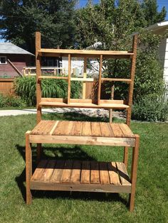 Recycled Garden Potting Bench #pallet #woodworking #reuse #upcycle #flowers #plants