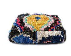 Cojín de suelo de Boucherouite NO.3 - Puf de lana hecho costumbre marroquí bereber de vintage Boucherouite alfombra