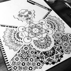 "306 Likes, 6 Comments - MiL Et Une ~ Art & Tattoo (@mi_li3_art) on Instagram: ""Progress on the sacred geometry sleeve... Night night ! ✏️#tattoo"""