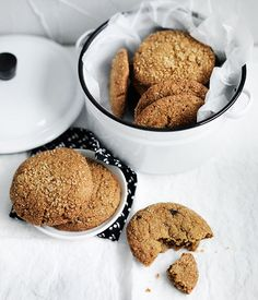 Chewy triple-ginger cookies recipe . Gourmet Traveller .