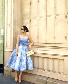 {Classy And Elegant Summer Outfits Couture Mode, Couture Week, Couture Fashion, Star Fashion, Look Fashion, Fashion Outfits, Fashion Tips, Feminine Fashion, 50 Fashion