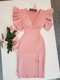 Pin by Patricia rosado on moda y estilo in 2019 Elegant Dresses, Cute Dresses, Casual Dresses, Short Dresses, Dresses Dresses, Bridal Corset, Bridal Lace, Mode Outfits, Dress Outfits