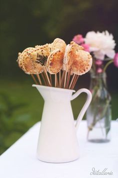 Cake pops. Rustic buffet. Candy bar. Buffet decoration. Flowers. Spring decoration
