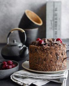 Шоколадно-абрикосовый торт c ганашем «Венское соглашение»