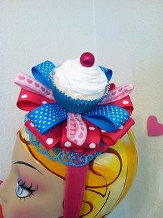 blue and pink cupcakes 2