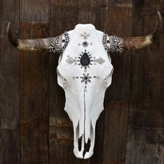 GLAMOR of Ashes Cow Skull