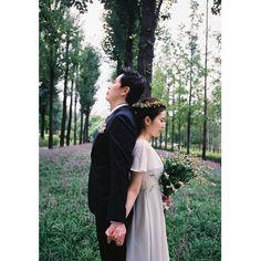 . Photographed by #김묘리 . . #셀프웨딩#감성사진#셀프스냅#커플스냅#웨딩스냅#맞팔#선팔#럽스타#럽스타그램#프리웨딩#빈티지스냅#인물사진#인물#데이트스냅#제주도#제주도스냅#필름사진#선유도공원#촬영문의#wedding#love#weddingsnaps#photo#photograph#photographer#film#35mm#analog