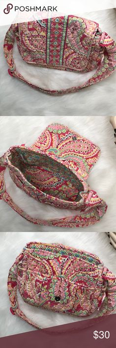 Vera Bradley Purse Description: Super cute. Strap is adjustable. 2 stains on strap(pictured.)  ⚠️I always look through each item throughly once received and right before shipping, but things can be missed. Just let me know, so I can improve.⚠️  🚫NO TRADES/NO HOLDS🚫  Please ask questions❓  💜Thank you for checking out my closet and don't be afraid to submit an offer💜 Vera Bradley Bags Crossbody Bags