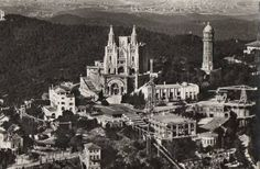 Foto de Barcelona, Vista aérea del monte Tibidabo, (1960)