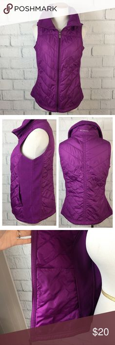 """Columbia Quilted Vest Size Small Columbia Women's Nylon and Fleece liteweight Vest. Front zipper closure with 2 front pockets and 2 inner pockets. Size small. Preowned with wear on the fleece from washing.  Measurements flat  Bust 18.5"""" Length 22.5"""" Bundle in my closet and save. I ship same day or next day almost always! No trades Columbia Jackets & Coats Vests"""