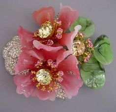 Vrba glass petals and leaves pink, green flower brooch