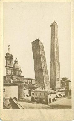 "Fotografia dell'Emilia (Pietro Poppi, 1833-1914) - The twin towers in Bologna"". Catalogue number: 1 bis."