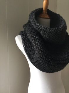 I love being able to pull this piece down around my shoulders or wearing it more like a cowl. The versatility of this winter accessory will make it a wardrobe staple in a heartbeat. Materials 2 skeins Lion Brand Wool Ease Thick and Quick yarn (1 skein = 106 yds) or another super bulky weight yarn (