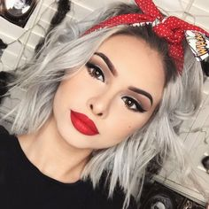 77 Luxury Hairstyle With Cloth Rockabilly - Hair Cut Styles Pelo Color Gris, Pelo Color Plata, Bandana Hairstyles Short, Pretty Hairstyles, Hairstyle Ideas, Fashion Hairstyles, Latest Hairstyles, Grunge Hair, Silver Hair