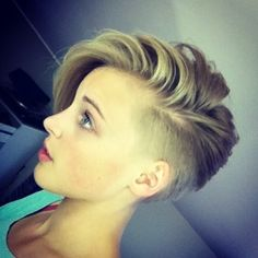 Short Shaved Pixie Haircuts Short Pixie Hairstyle with Side Bangs: Girls Short Haircuts Via If you liked this pin, click now for more details. Side Bangs Hairstyles, Undercut Hairstyles, Pixie Hairstyles, Cool Hairstyles, Hairstyle Ideas, Hairstyles 2016, Female Hairstyles, Asymmetrical Hairstyles, Girls Shaved Hairstyles
