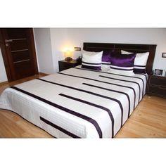 Luxusní přehozy na postel v bílé barvě s fialovými proužky - dumdekorace.cz Hotel Bed, Bedding Sets, Mattress, Luxury, Furniture, Design, Home Decor, Beautiful, Decoration Home