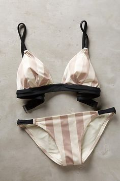 love this striped bikini
