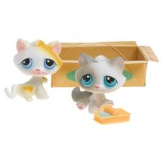 Hasbro Littlest Pet Shop Pet Pairs Figures 2 Playful Kittens in Box with Sardines Lps Cats, Kittens, Little Pet Shop, Toy Craft, Birthday Wishlist, Cute Toys, Tinkerbell, Hanukkah, Crafts For Kids