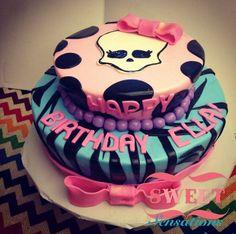 Monster high cake! Facebook.com/NapasSweetSensations