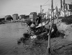 1915. Lavanderas en el Manzanares. Madrid