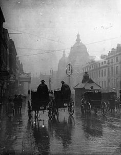 This is what rainy London may have looked like to Nellie Bly and Elizabeth Bisland as they raced through. (London 1890's.)