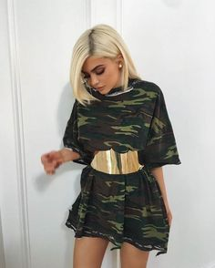 Kylie Jenner Wears a T-Shirt Dress and Belt On Instagram | Teen Vogue