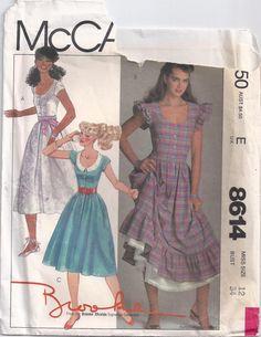 Brooke Shields Pullover Dress Scoop Neckline Skirt by Rosie247 McCalls 8614