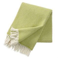 Enjoy this exclusive Polka throw from Klippans Yllefabrik, made of lamb's wool in a classic, grained pattern. Available in a range of colors such as pink, lilac, green, blue, orange, red, grey and black. The Polka throw is splendid on a cool summer evening or during a dark autumn day. Explore and find your favorite!