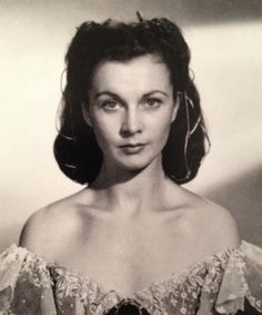 A rare picture of a makeup-less Vivien Leigh
