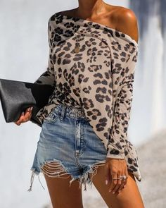 Casual Leopard Print Boat Neck Long Sleeve Loose Blouse – linenwe t shirts dress outfit womens shirts fashion spring shirts blouses outfit fall Mode Safari, Mode Outfits, Casual Outfits, Batwing Sleeve, Slip, Pattern Fashion, Shirt Blouses, Satin Blouses, Long Sleeve Tops
