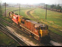 RailPictures.Net Photo: RI 262 Chicago, Rock Island & Pacific (Rock Island) GE U28B at Silvis, Illinois by John Dziobko