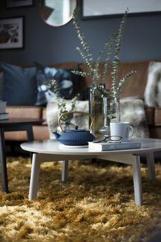 Scandinavian interior, table decorations @kyrkjehaugen Norwegian House, Scandinavian Interior, Table Decorations, Furniture, Home Decor, Decoration Home, Room Decor, Home Furnishings, Home Interior Design
