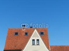 Dachkonstruktion mit spitzem Giebel eines Wohnhaus in Helpup bei Oerlinghausen im Kreis Lippe