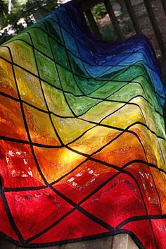This is the most beautiful quilt ever!     Tales from the Rainbow Room: Completed Rainbow String Quilt