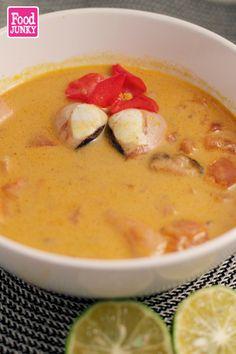 Food JUNKY: Sopa de mariscos (con leche de coco)